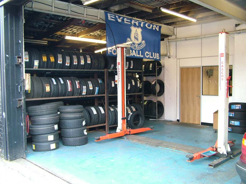 AM Tyres Wigan (19)